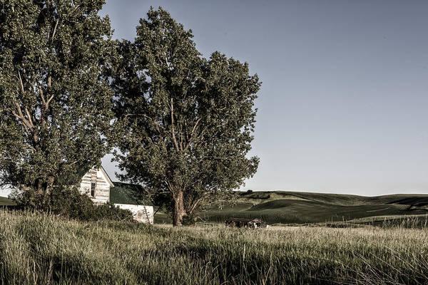 Photograph - Old House On The Palouse by Jon Glaser