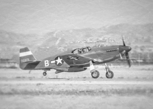 Photograph - P-51b Mustang by Douglas Castleman
