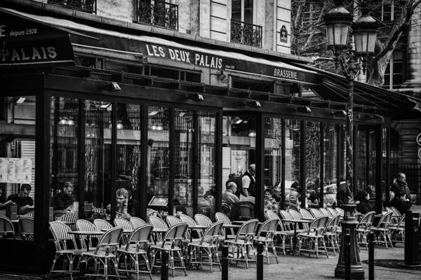 Sidewalk Cafe Photograph - Parisian Cafe by Andrew Soundarajan