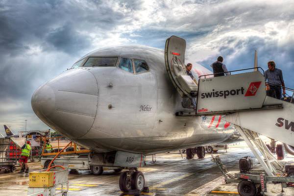 Wall Art - Photograph - Pegasus Airlines Boeing 737 by David Pyatt