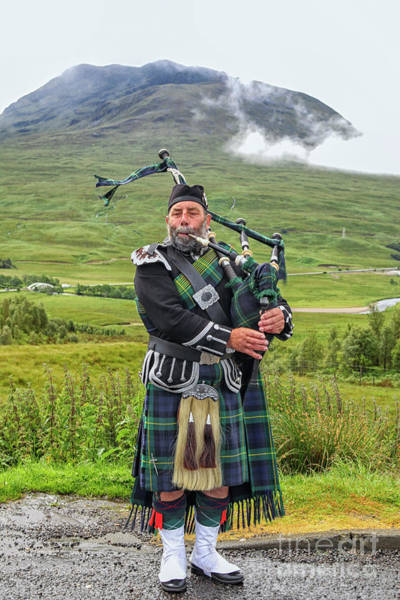 Bagpipe Wall Art - Photograph - Playing Bagpiper by Patricia Hofmeester