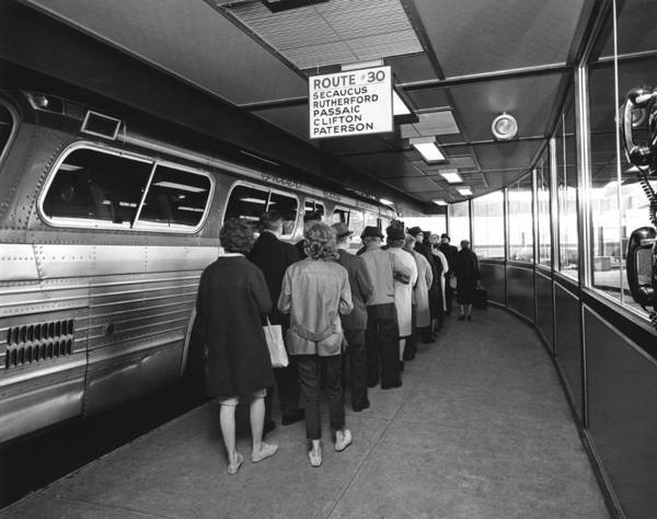 Wall Art - Photograph - Port Authority Bus Terminal by Underwood Archives