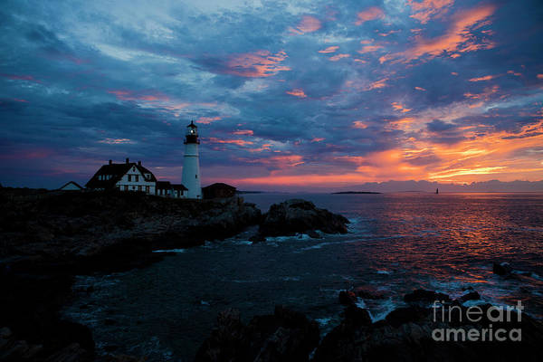 Casco Bay Photograph - Portland Head Light At Sunrise by Diane Diederich