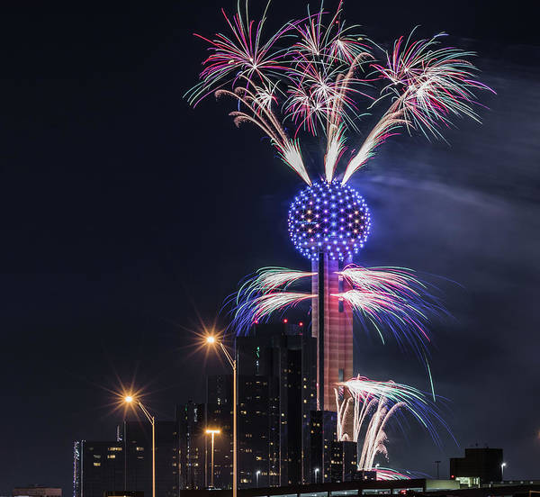 Reunion Tower Fireworks Art Print