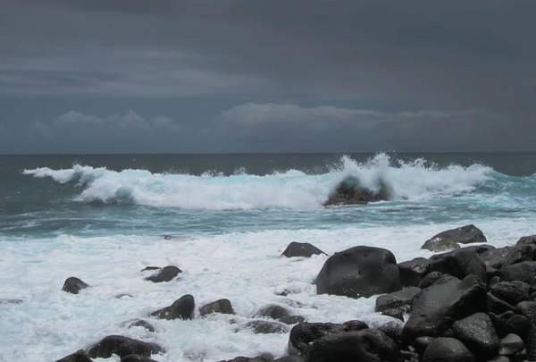 Photograph - Rushing To Shore by Pamela Walton