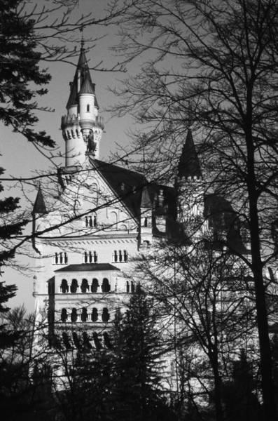 Photograph - Schloss Neuschwanstein by Juergen Weiss