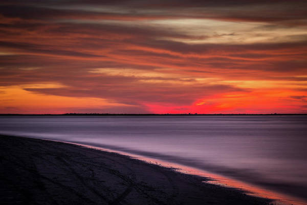 Wall Art - Photograph - Shoreline Serenity-h by Tom Weisbrook