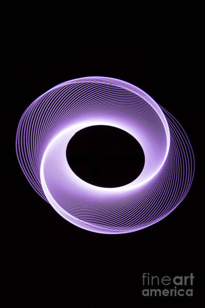 Photograph - Spirograph Spiral 09 by Brian Roscorla
