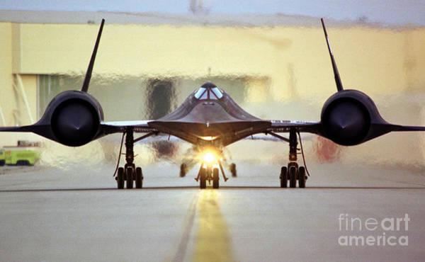 Wall Art - Photograph - Sr-71 Blackbird, 1990s by Science Source