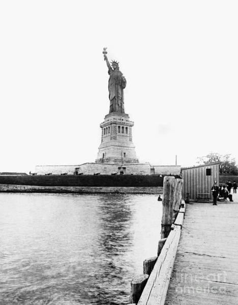 Photograph - Statue Of Liberty, C1890 by Granger