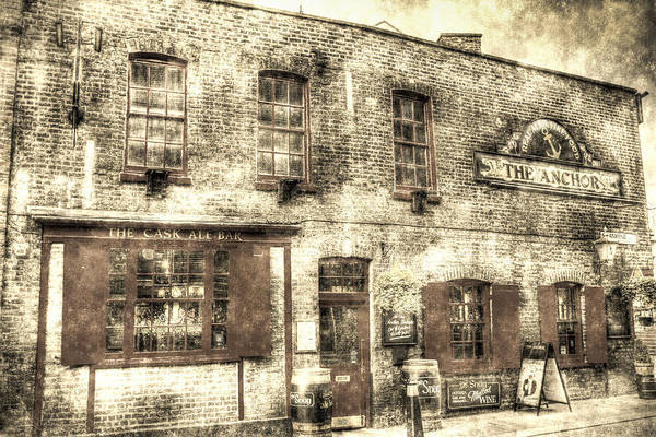 Bankside Photograph - The Anchor Pub London Vintage by David Pyatt