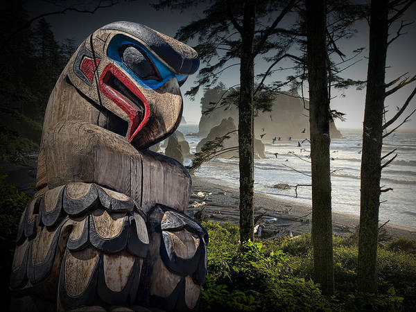 Totem Pole In The Pacific Northwest Art Print
