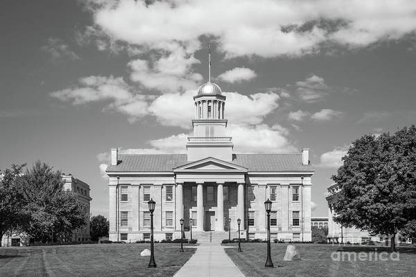 Photograph - University Of Iowa Old Capital by University Icons