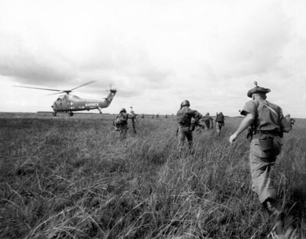 Photograph - U.s. Army Advisors In Vietnam by Underwood Archives