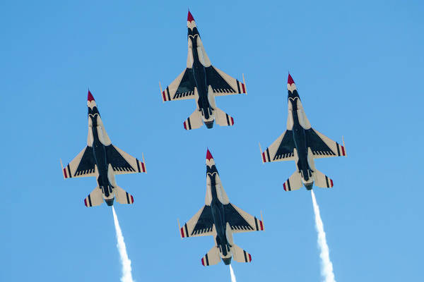 Photograph - Usaf Thunderbirds At Amigo Airsho by SR Green