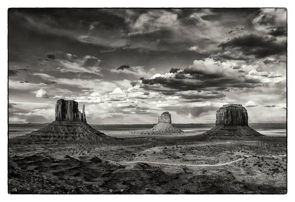 Wall Art - Photograph - Valley View by Robert Fawcett