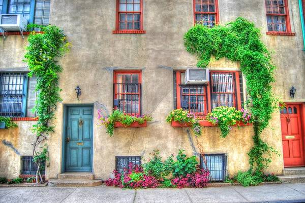 Wall Art - Photograph - Washington Mews Cozy Cottage by Randy Aveille