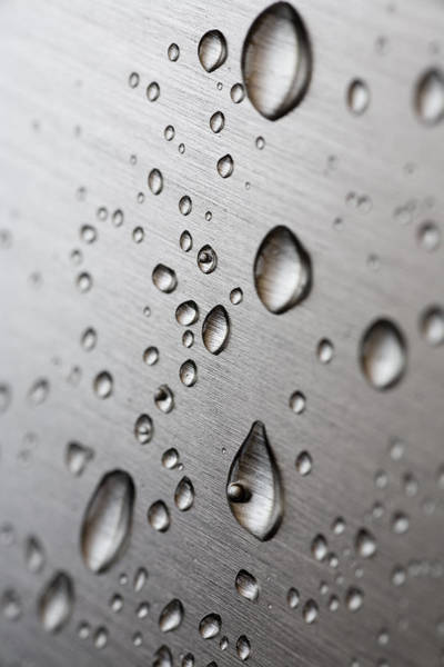 Stainless Steel Wall Art - Photograph - Water Drops by Frank Tschakert