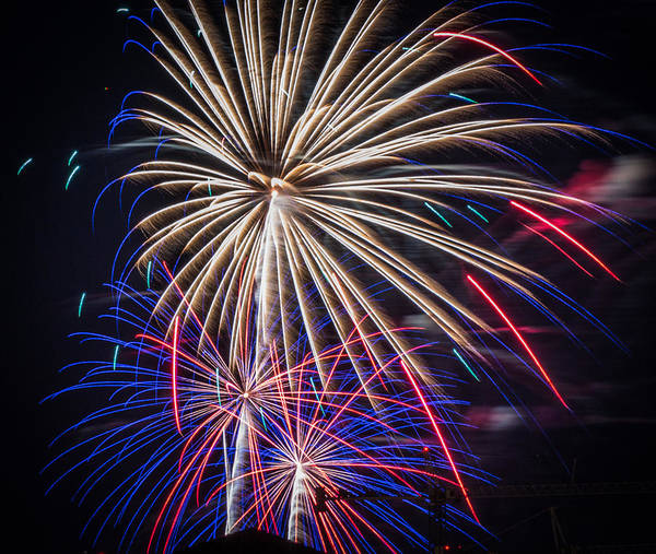 Photograph - Fireworks 2015 Sarasota 27 by Richard Goldman
