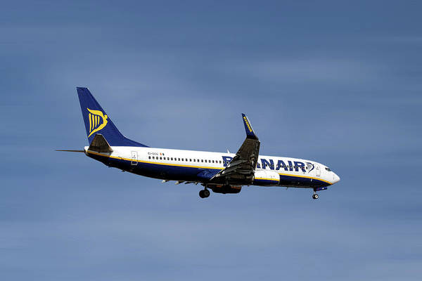 Boeing Mixed Media - Ryanair Boeing 737-8as by Smart Aviation