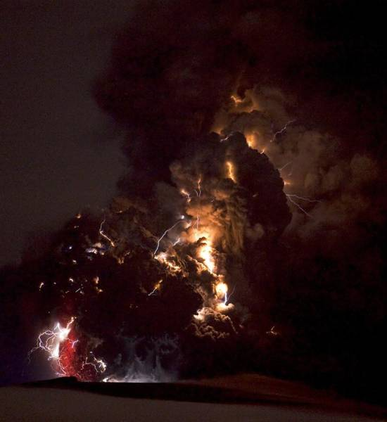 Wall Art - Photograph - Volcanic Lightning, Iceland, April 2010 by Olivier Vandeginste