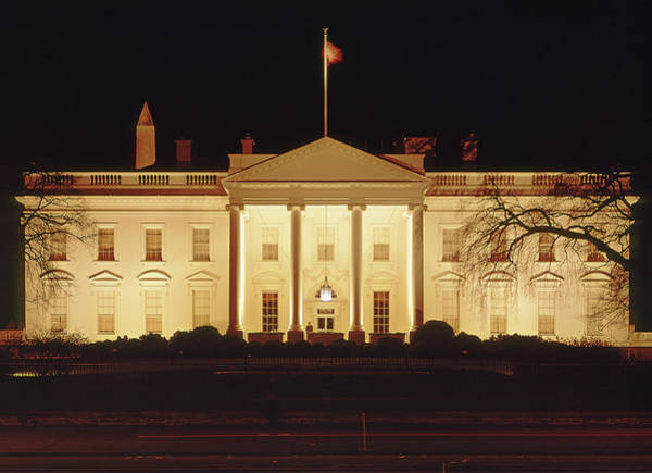 Photograph - 141x09 The White House At Night 1973 by Ed Cooper Photography