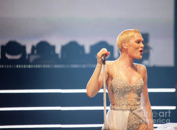 Photograph - Jessie J by Jenny Potter