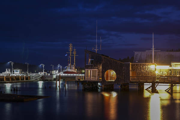 Photograph - 17th Street Pier At Night by Robert Potts