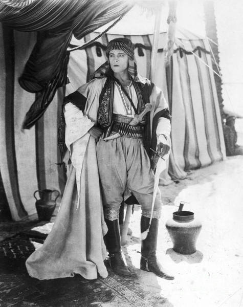 1921 Photograph - Rudolph Valentino by Granger