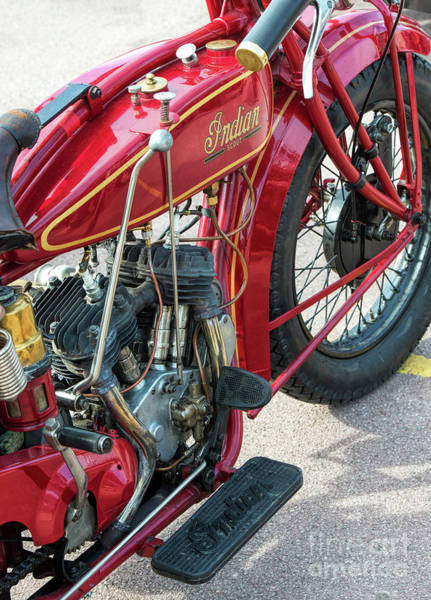 1924 Photograph - 1924 550cc Indian Scout by Tim Gainey