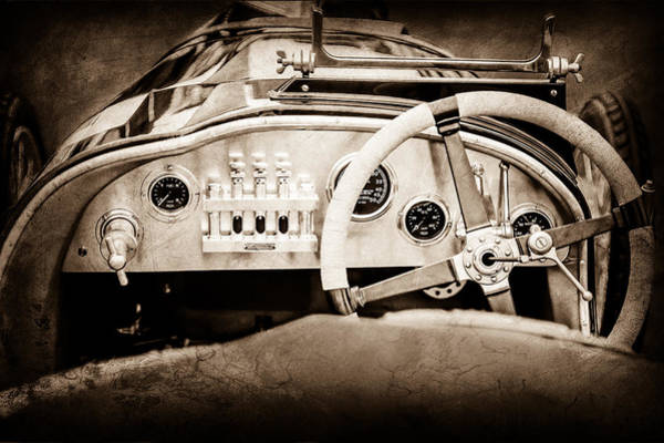 1925 Photograph - 1925 Aston Martin 16 Valve Twin Cam Grand Prix Steering Wheel -0790s by Jill Reger