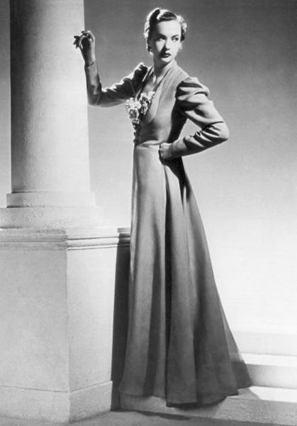 Photograph - 1930 Fashion Model by Underwood Archives