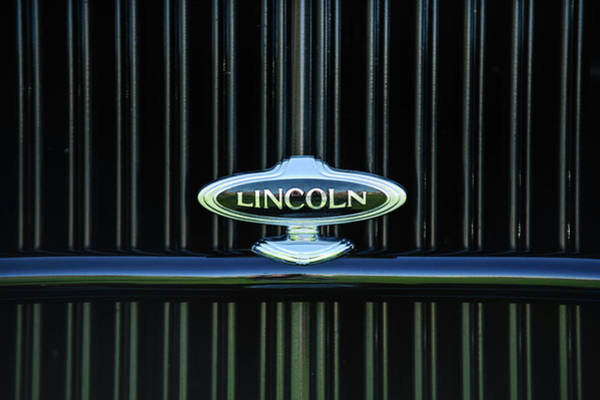 Wall Art - Photograph - 1932 Lincoln Kb Boattail Speedster Grille Emblem -1685c by Jill Reger