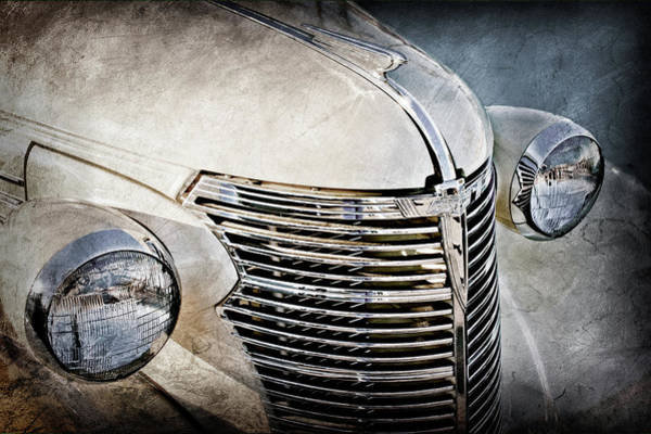 Wall Art - Photograph - 1933 Chevrolet Grille -0353ac by Jill Reger