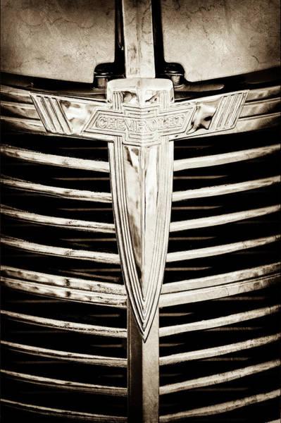 Photograph - 1933 Chevrolet Grille Emblem -0520s by Jill Reger