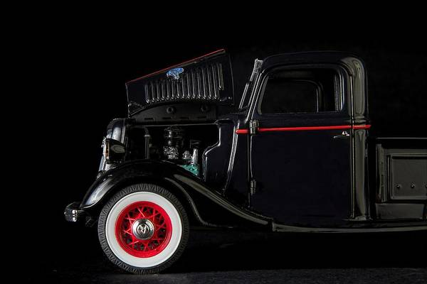 Photograph - 1935 Truck- 3 by Rudy Umans