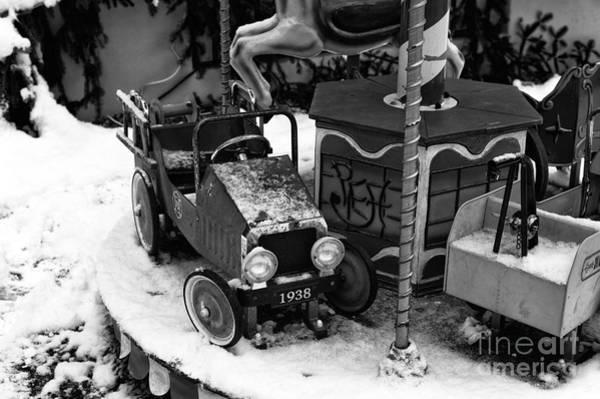 Photograph - 1938 In Berchtesgaden by John Rizzuto