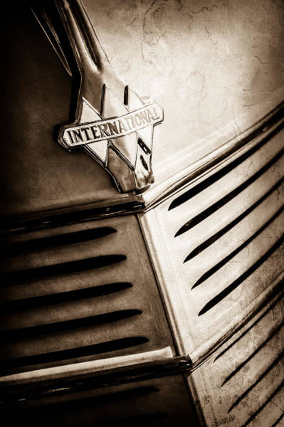 Photograph - 1940 International D-2 Station Wagon Grille Emblem -0219s by Jill Reger
