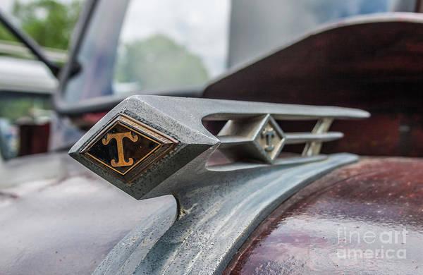 Photograph - 1947 Diamond T by Tony Baca