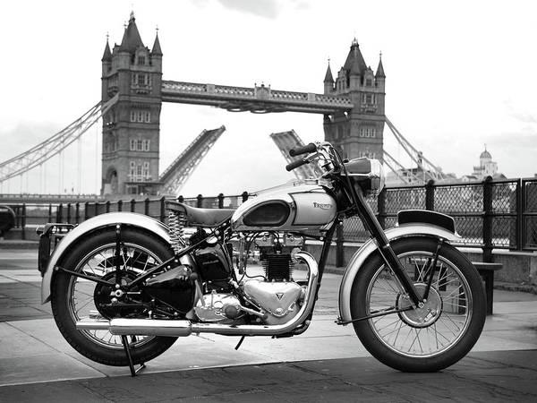Wall Art - Photograph - 1949 Triumph T100 by Mark Rogan