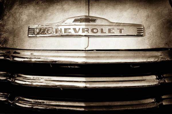 Wall Art - Photograph - 1952 Chevrolet Emblem -0231s by Jill Reger