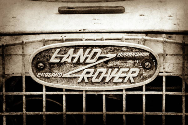 Wall Art - Photograph - 1952 Land Rover 80 Grille  Emblem -0988s2 by Jill Reger