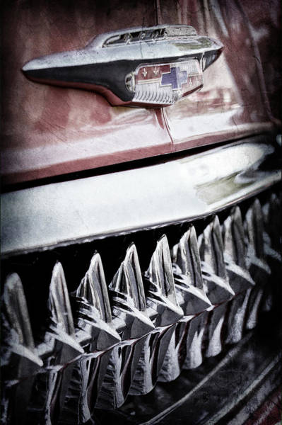 Wall Art - Photograph - 1953 Chevrolet Grille Emblem -632ac by Jill Reger