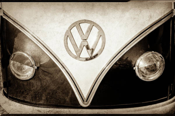 Wall Art - Photograph - 1958 Volkswagen Vw Bus Emblem -0272s by Jill Reger