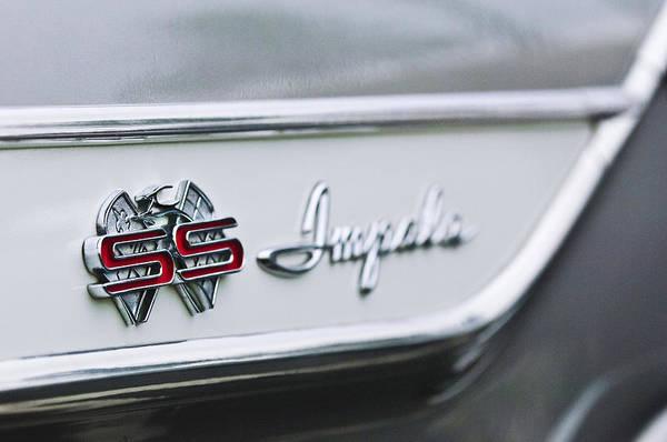 Impala Photograph - 1961 Chevrolet Impala Ss Emblem by Jill Reger