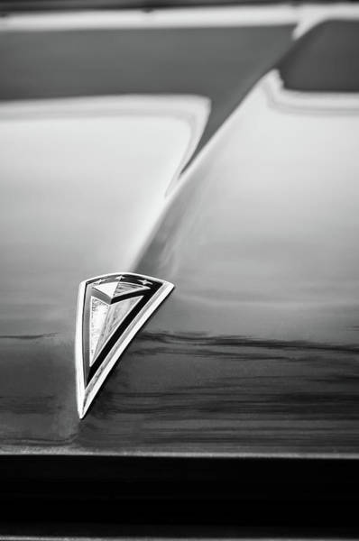 Wall Art - Photograph - 1961 Pontiac Catalina Hood Emblem -0208bw by Jill Reger