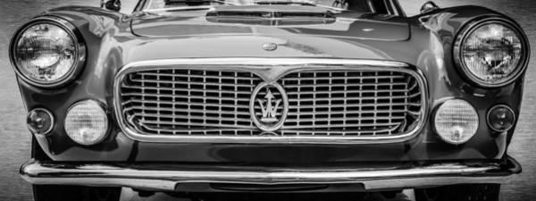 Wall Art - Photograph - 1962 Maserati 3500 Gt Spyder Grille Emblem -0009bw by Jill Reger