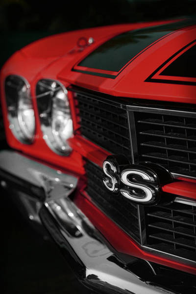 Clear Coat Wall Art - Photograph - 1970 Chevelle Ss396 Ss 396 Red by Gordon Dean II