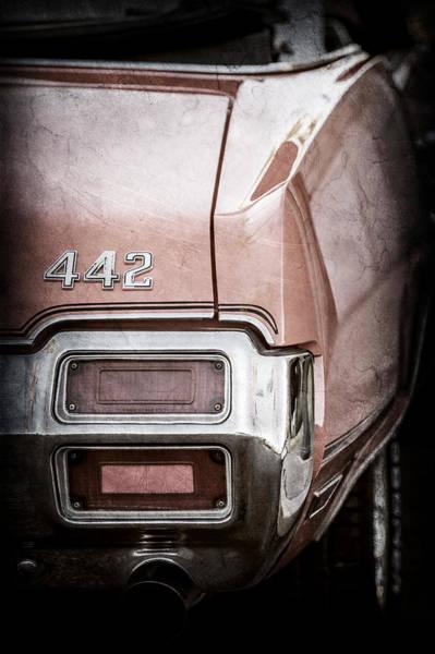 Oldsmobile 442 Wall Art - Photograph - 1971 Oldsmobile 442 Convertible Tail Light Emblem -1683ac by Jill Reger