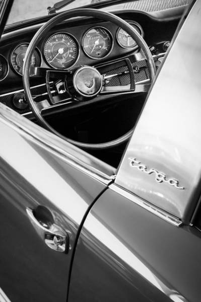 1981 Photograph - 1981 Porsche C928 Steering Wheel -0265bw by Jill Reger